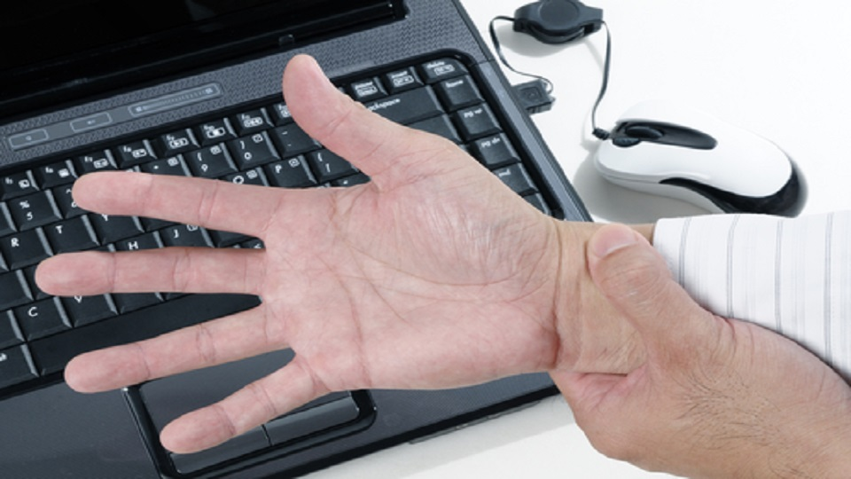GamersNeedHealthHands_Pic01