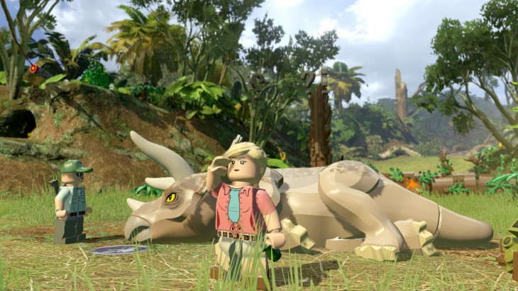 1426513121-lego-jurassic-world-sick-triceratops (1)