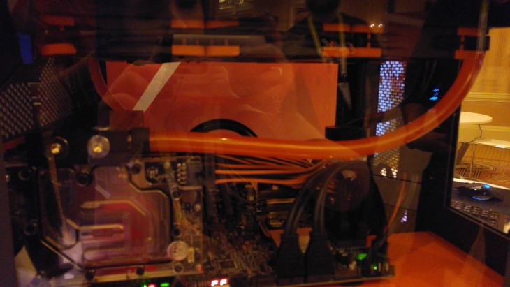 Linus 7 Gamers 1 PC